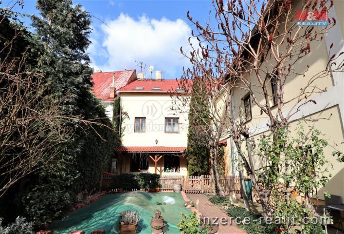 Prodej, rodinný dům, 5+kk, 300 m2, Louny, ul. Pražská