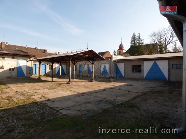 Prodej, komerční objekt, 2209 m2, Moravany
