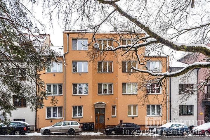 Prodej bytu 3+1 70 m2 Kollárova, Jihlava