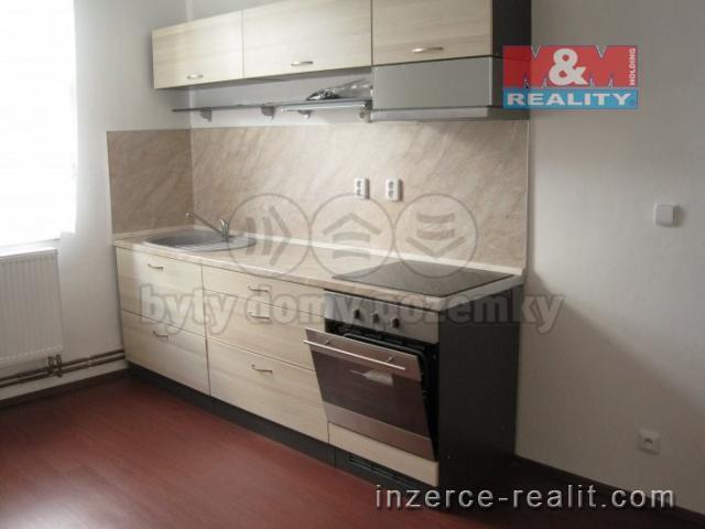 Pronájem, byt 2+1, 64 m2, Pardubice, ul. Bacháčkova