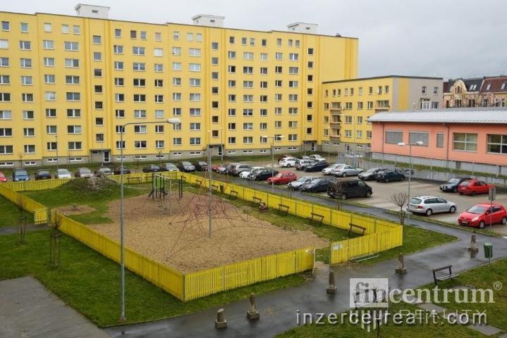 Prodej bytu 2+1 66 m2 Antala Staška, Teplice Trnovany