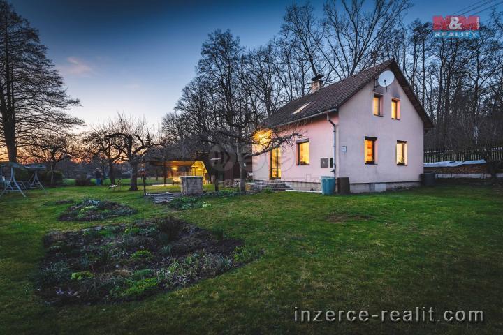 Prodej, rodinný dům 4+kk, 879 m2, Rokycany