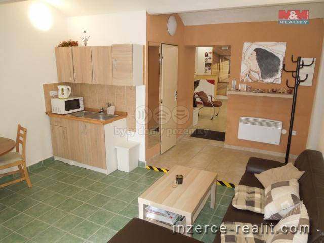 Pronájem, obchod a služby, 40 m², Tábor, ul. nám. F. Křižíka