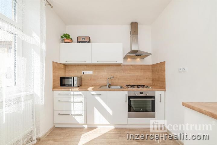 Prodej bytu 1+1 36 m2 Seifertova, Jihlava