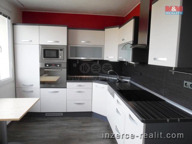 Pronájem, byt 3+1, 85 m2, Jindřichův Hradec, ul. U Nádraží
