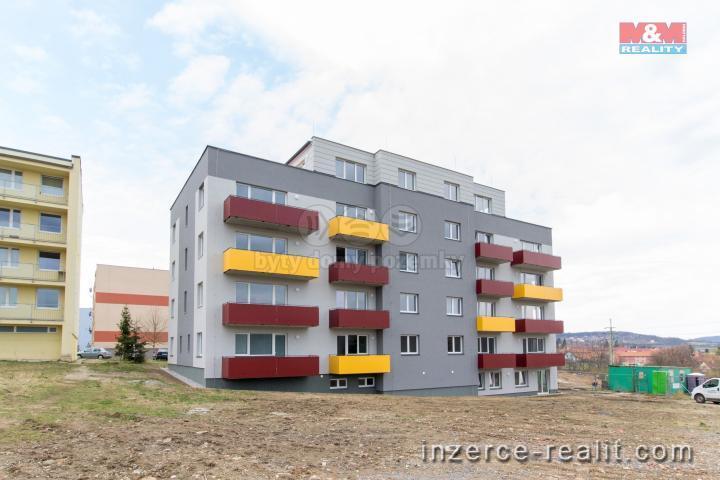 Prodej, byt 3+kk, 81 m2, Jince, ul. Zborovská