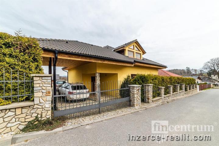 Prodej rodinného domu 240 m2, Růžená