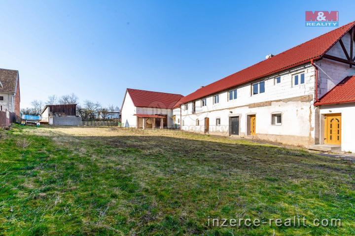 Prodej, nájemní dům, 3315 m², Únehle