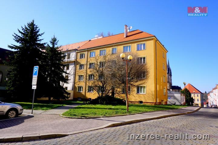 Prodej, byt 4+kk, 88 m², Cheb, ul. Školní