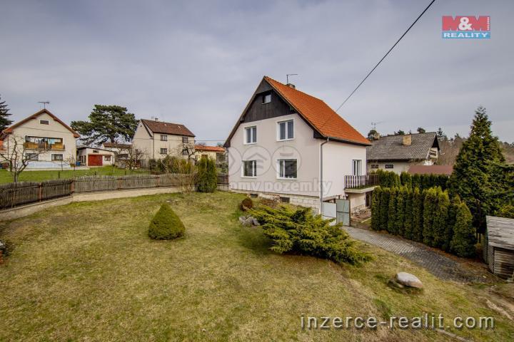 Prodej, rodinný dům, 796 m2, Nečín