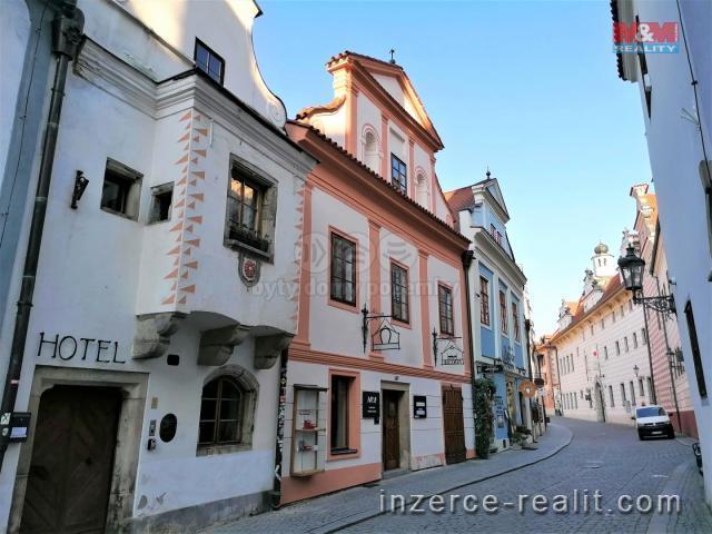 Pronájem, byt 2+kk, Český Krumlov, ul. Horní