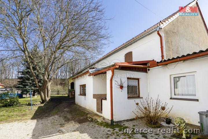 Prodej, rodinný dům, 1232 m², Dnešice