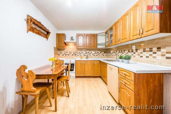 Prodej, rodinný dům, 174m², Červené Poříčí