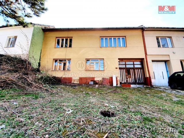 Prodej, rodinný dům, 974 m², Podolí