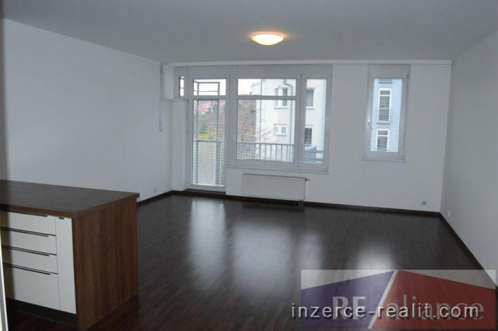 Velmi pěkný byt 3+kk  s lodžií a parkovacím místem  , Praha 5 Motol  Jeřabinová, 86m2