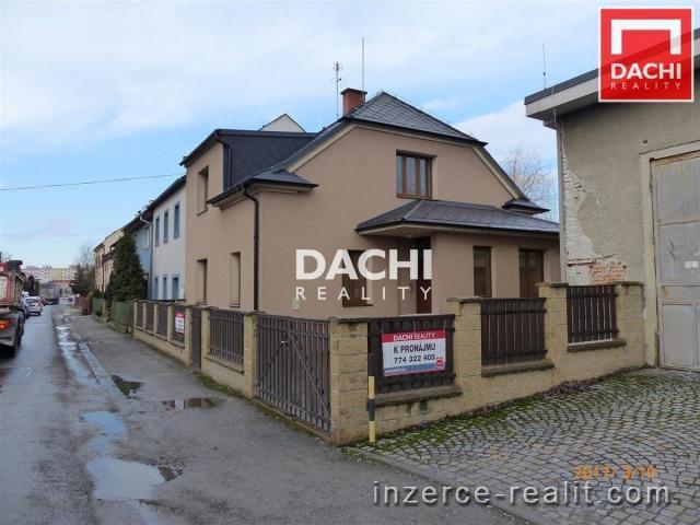 Pronájem rodinného domu 5+1, jako sídlo firmy v Olomouci Holici
