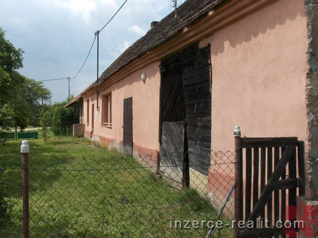 Prodej rodinného domu v malebné krajině Jižních Čech v obci Holušice u Mužetic