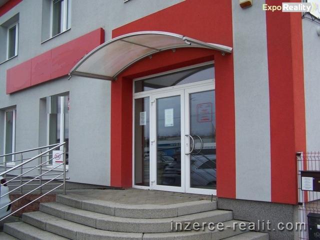 Pronájem komerčních prostor ve Zlíně, 140 m2, lokalita Louky