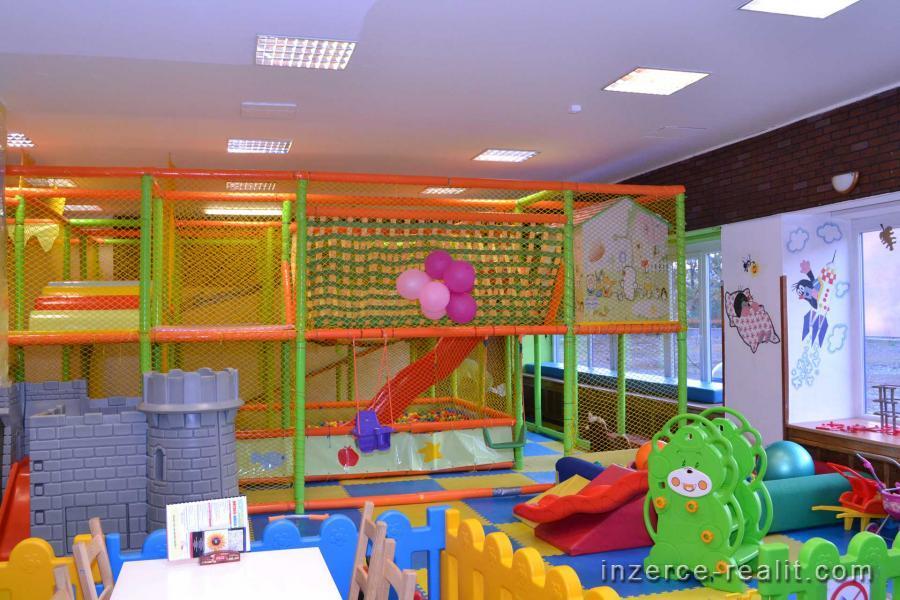 Přenecháme zavedenou oblíbenou dětskou hernu