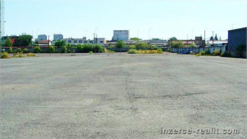 Nájem zpevněné plochy až 10.000 m2, Praha 10 - Hostivař