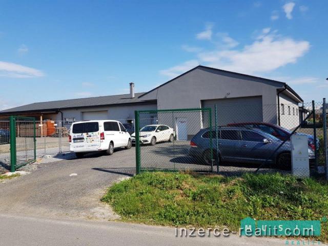 Pronájem výrobní a skladovací haly včetně kanceláří a kompletního zázemí.