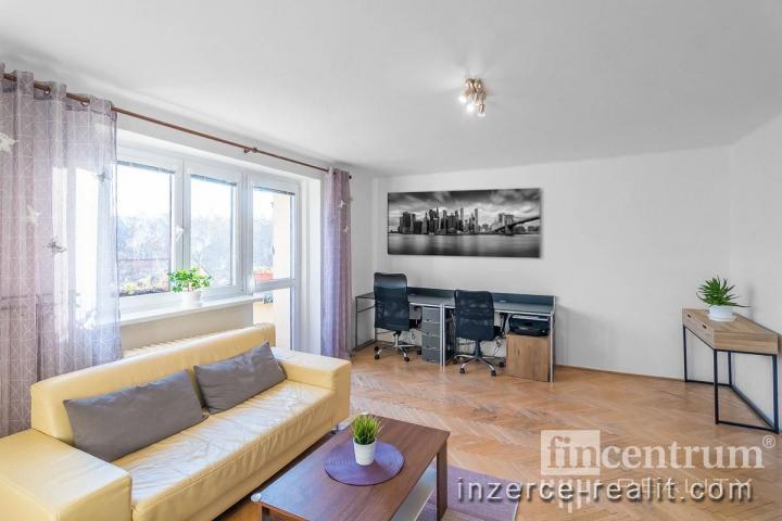 Prodej bytu 3+1 71 m2 Jiránkova, Pardubice