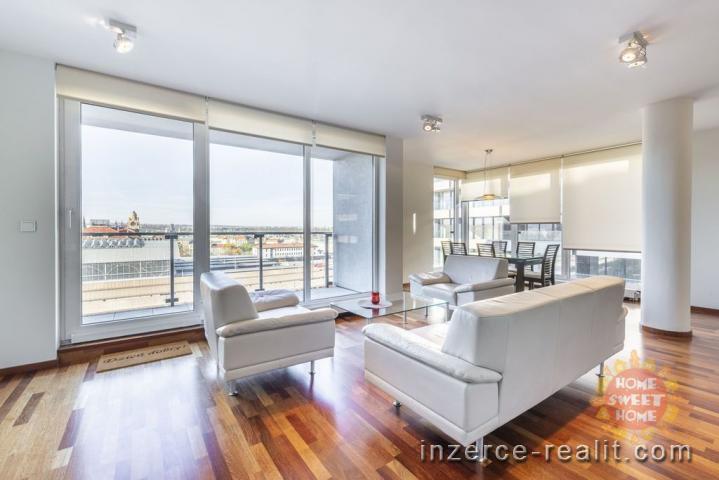 Praha, luxusní zařízený byt v novostavbě 3+kk, Italská Vinohrady, 111 m, parking, terasa 9m, sklep
