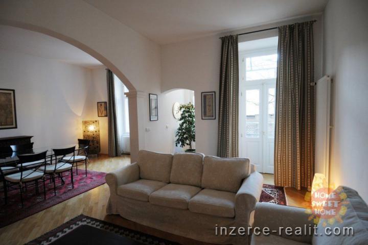 Praha krásný, zcela zařízený byt k pronájmu 3+1, vlastní zahrada,  Vinohrady - ulice Anny Letenské