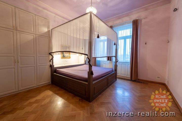 Pronájem luxusního bytu 6+1, 3xbalkon, 4xkoupelna, sauna, ulice Zborovská (230m2)