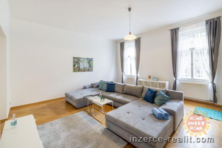 Praha luxusní zařízený byt 3+1 (125 m2) k pronájmu, Bílkova ul. - Staré Město