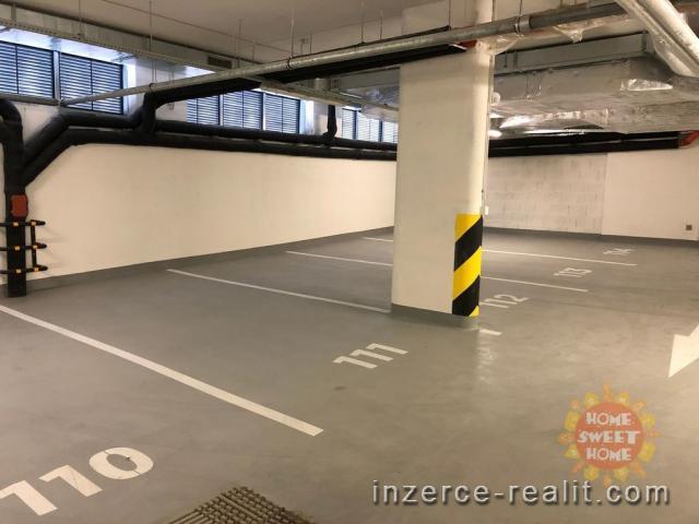Parkovací stání k pronájmu, ulice Českomoravská, vedle OC Harfa, Praha 9