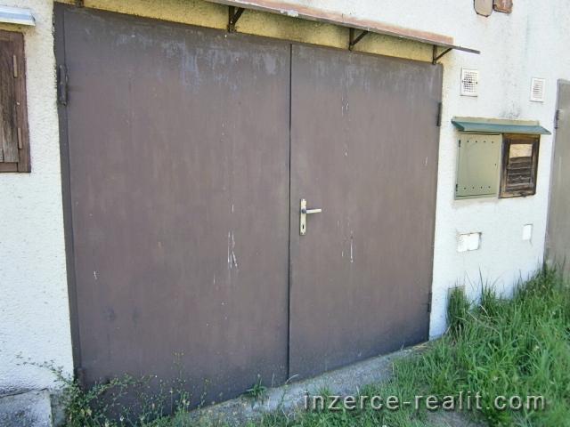 Prodej garáže Lipník